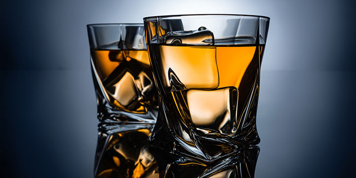 Алкоголь-вызывает-4%-злокачественных-опухолей