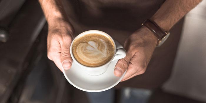 Кофе-помогает-улучшить-выживаемость-при-запущенном-раке-толстой-кишки